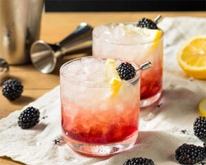 Bramble cocktail
